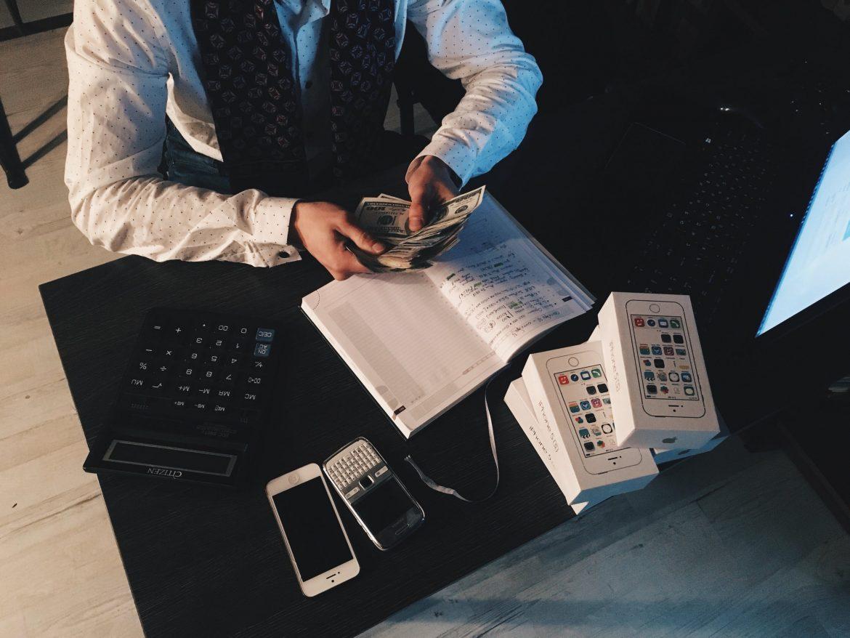 Jak zadbać o swoje finanse? Sprawdzone wskazówki